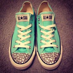 I bedazzled my converse <3