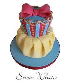 Snow White Cake!