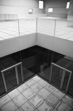 Zollverein School of Management and Design / SANAA