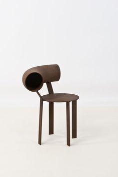 Xavier Lust (né en 1969) Circulaire Chaise Acier rouillé Prototype n°2 Signée Date de création : 1992 H 74 × l 66 × P 48 cm