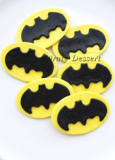 Edible Cupcake Toppers BAT MAN Logo -  Iconic Super Hero decorations, Bat Man Cupcake - COMIC BooK Cupcakes (12 pieces). $28.00, via Etsy.