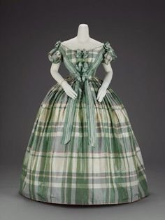 Period Garment: Evening Dress - about 1859-1860 - United States - Silk plain weave (taffeta), with warp-and-weft float patterning