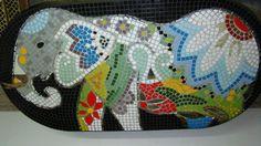 mesa-de-elefante-mosaiquismo-venecitas-azulejos-y-espejos_MLA-F-3924505749_032013.jpg (1200×675)
