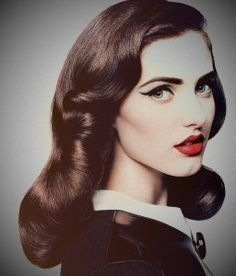 #vintage #retro #pretty #beautiful #cute #gorgeous #trendy #hair #curls #curly #brunette #highlights #hairstyle #inspiration #idea #beauty