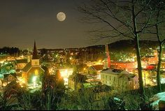 Montpelier, Vermont. My shiny little town on a winter night. State Capital