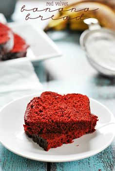 Red Velvet Banana Bread | www.somethingswanky.com