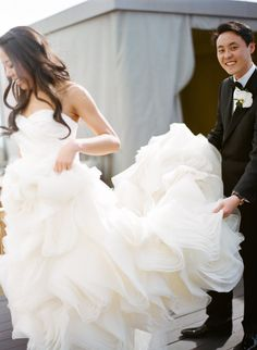 Wedding Gown by Vera Wang ~ Photography by esthersunphoto.com