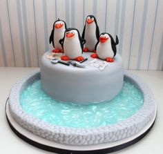 The penguins of Madagascar cake