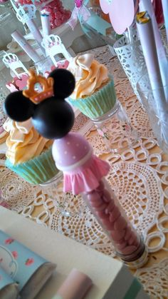 Minnie Mouse Birthday Party treats!  See more party ideas at CatchMyParty.com!