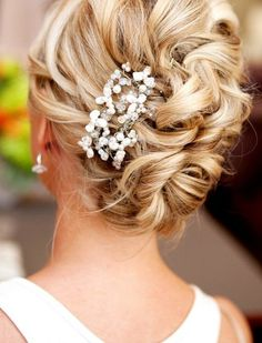 Best Wedding Updos 2014: from a stylist point of view all these styles can be classic and simply worn!!!
