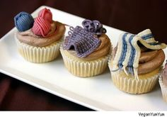 Knitting party cupcakes