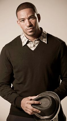 """Laz Alonso, film and TV actor. He is known for playing Tsu'tey in James Cameron's science fiction film Avatar and Fenix """"Rise"""" Calderon in the film Fast & Furious. He has had roles in other films such as Jumping the Broom, Stomp the Yard, Jarhead, This Christmas, Just Wright, Straw Dogs and Miracle at St. Anna. He was one of the lead characters on the TV series Breakout Kings and Deception. He had a lucrative career as an investment banker at Merrill Lynch on Wall Street before acting."""