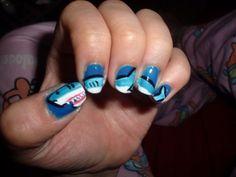 Shark manicure: a bit much, but I love it!