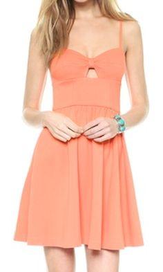 cute flirty dress  http://rstyle.me/n/jit99pdpe