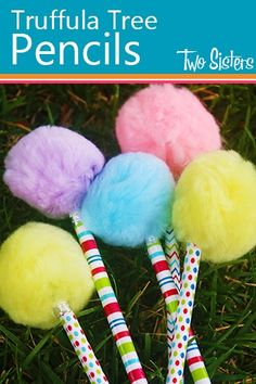 Truffula Tree Pencil Craft- Super cute (and cheap) craft for Dr. Seuss day!