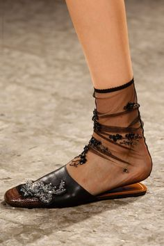 fashion weeks, runway fashion, bling shoe, fashion 2014, runway accessori