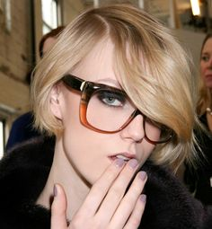 Love the nerd look. Need these glasses.