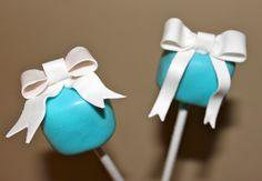 tiffany blue, tiffani blue, wedding cakes, cake boxes, blue weddings, cakepop, wedding cake pops, bridal showers, bridal shower cakes