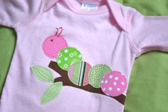 Caterpillar applique would make an adorable gift #baby #gifts