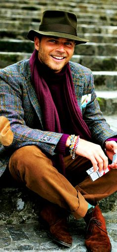 Love the tweed jacket. Luca Rubinacci