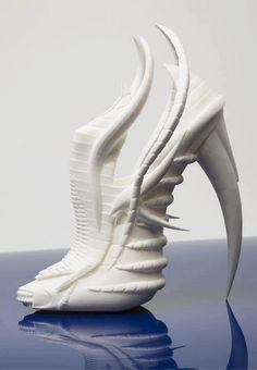 A sculpture of.... woman's shoe..- that's rather cool