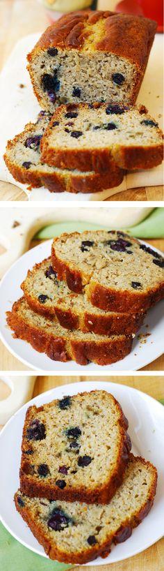 Gluten free banana bread with blueberries. Tastes just like a regular banana bread - so delicious! I am using King Arthur multi-purpose gluten-free flour (no gums) #gf #desserts #breakfast #recipes