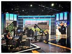 #Baylor Coach Art Briles on the ESPN SportsCenter set this morning. #Beautiful #SicEm