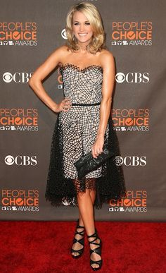 Short & lacy at the People's Choice Awards