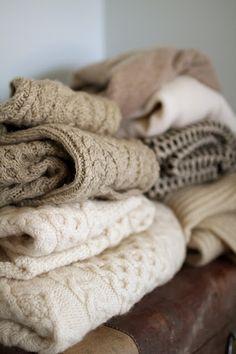 :: cozy in cream ::
