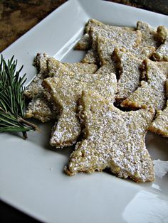 sweetsugarbean: Merry & Bright: Rosemary Oatmeal Shortbread