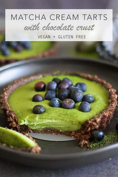 Matcha Cream Tarts with Chocolate Crust #vegan #glutenfree
