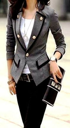 Casual office look with grey blazer - work wear - career attire - work clothes