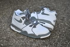 Nice Nike Air Flight 89 in white and grey