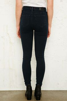 BDG High-Rise Cloudy Grazer Jeans bei Urban Outfitters