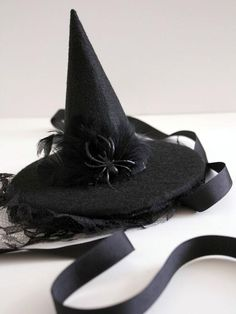 Elegant Halloween Hat-ettes : Page 03 : Decorating : Home & Garden Television