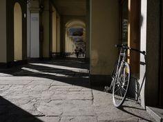 Torino, sotto i portici di Piazza vittorio