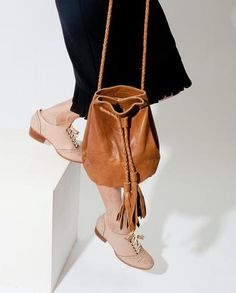 Deluis bucket bag at Nomadik