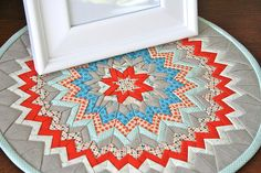 fold star, quilt table runners, tabl runner, centerpiec, color combos, mini quilts, mat, star quilts, christmas ornaments