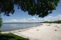 Beaches across Canada | CTVNews  This is Grand Beach Manitoba, on Lake Winnipeg.