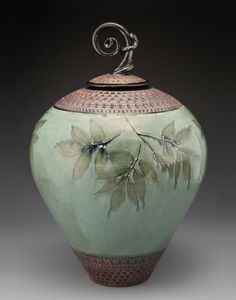 Suzanne Crane lidded jar, ceramic