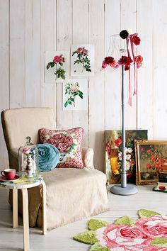A gypsy feeling in the home. Lovely examples of using colorful flower patterns.