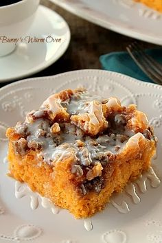Bunny's Warm Oven: Sweet Potato Cinnamon Roll Cake