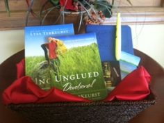 The Unglued Giveaway
