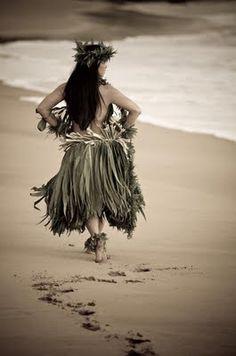 <3 Hula dancer!