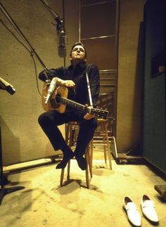 Johnny Cash - I Got Shoes