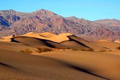 Mesquite Sand Dunes in Death Valley Backgrounds - http://whatstrendingonline.com/mesquite-sand-dunes-death-valley-backgrounds/_#GeorgeTupak