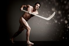 "New York Rangers Brad Richards bares all for ESPN The Magazine's 2012 Body Issue.    ""I tell them to imagine a 40- or 50-second sprint but with people hitting you and you having to hit people back."" -Richards on when people ask him what playing hockey is like. <--- ahhhhhhhh! Be still my heart!  #broadwaybray"