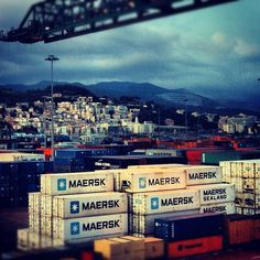 Beautiful picture of containers with Genoa, Italy, in the background @cdtdd-#statigram