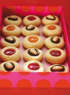 Biscuits clin d'oeil au chocolat et aux amandes Recettes   Ricardo