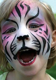 Animal Face Art, Beastly Makeup.  Maquillage sur notre site: http://www.feezia.com/univers/accessoires-de-fete/maquillage-1/boite-de-12-crayons.html